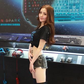 2015台北國際電玩展展況:ShowGirl、Coser大匯集