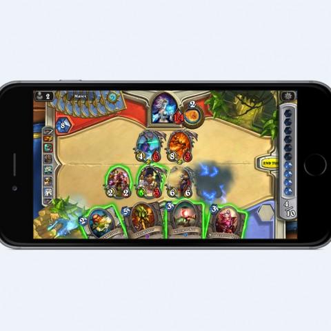 千呼萬喚始出來!《爐石戰記®:魔獸英雄傳™》手機版上線,經典卡牌包免費拿!