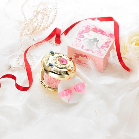 5色寶石、閃爍炫金,美少女戰士二代夢幻變身粉盒登場!你,準備好變身了嗎?