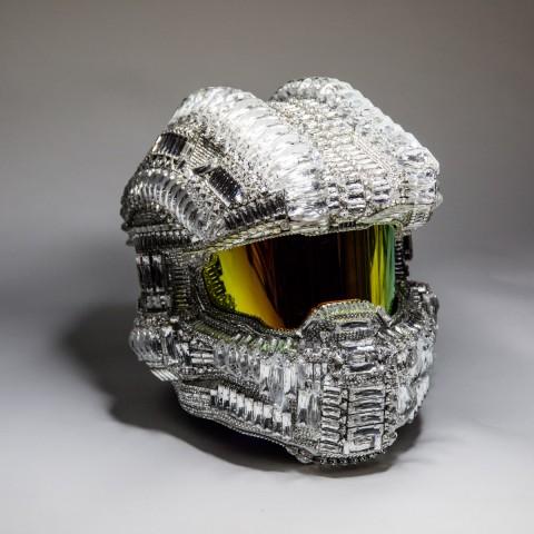 歡慶《最後一戰5:守護者》上市,全球唯一「水晶士官長頭盔」義賣中